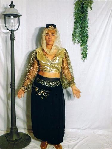 Danseuse orientale Noire & Dorée